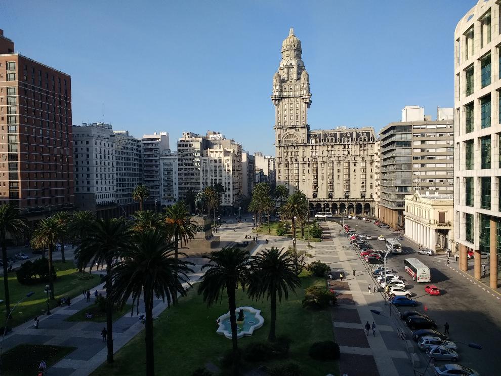 Montevideo-Plaza