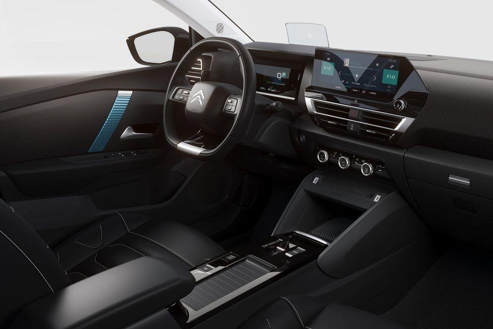 Citroen-C4-2021-interior
