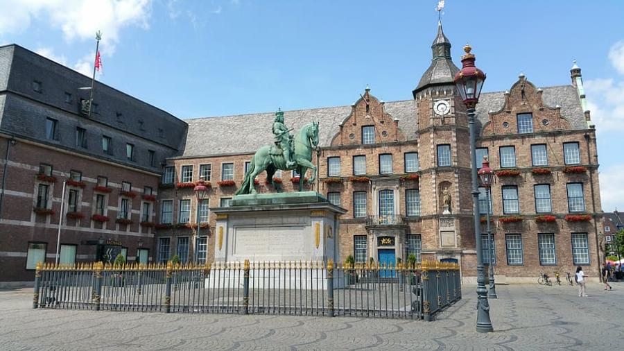 Dusseldorf-Europa