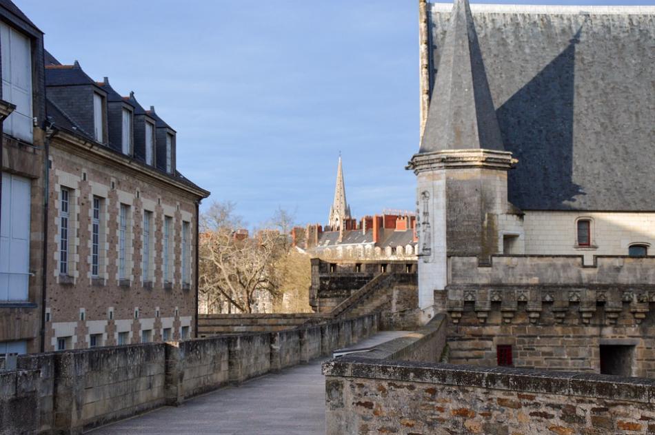 Nantes-Castillo