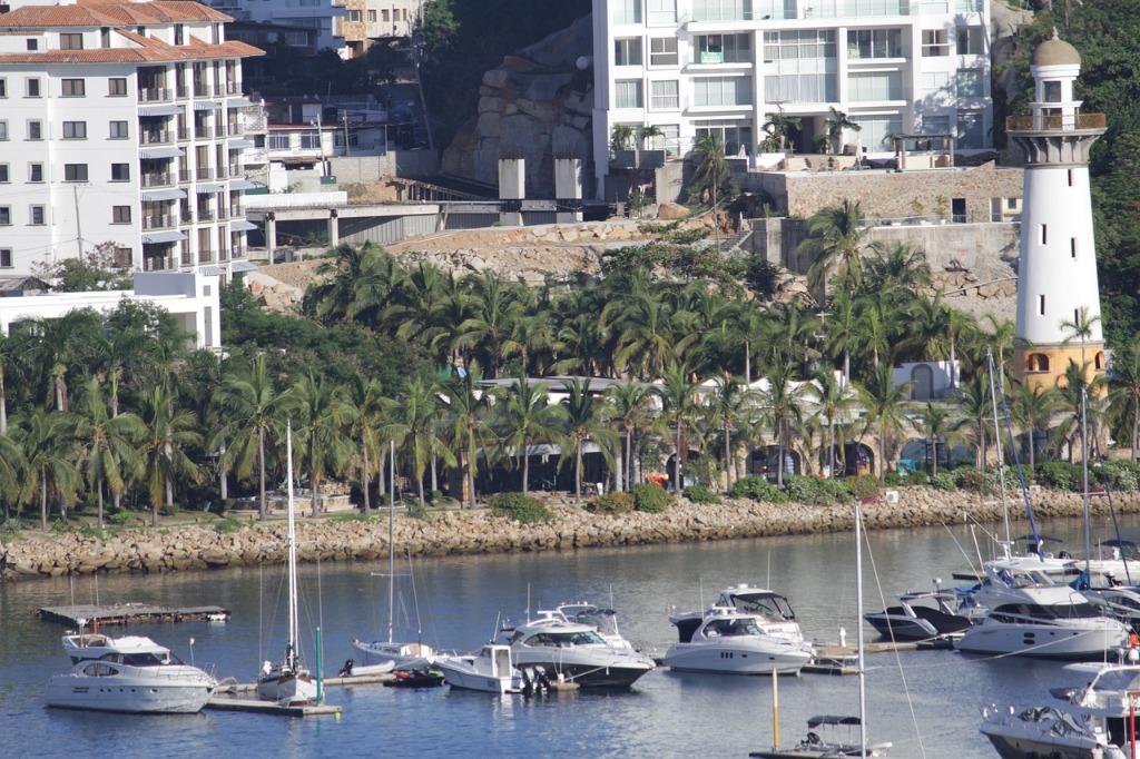 acapulco puerto barcos mexico